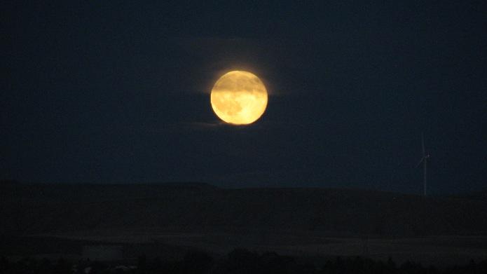 4 Shaded Moon (1)